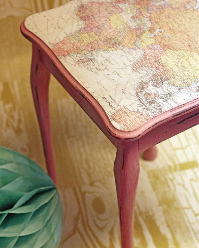 Quirky_Map_Table_Chalky_Finish