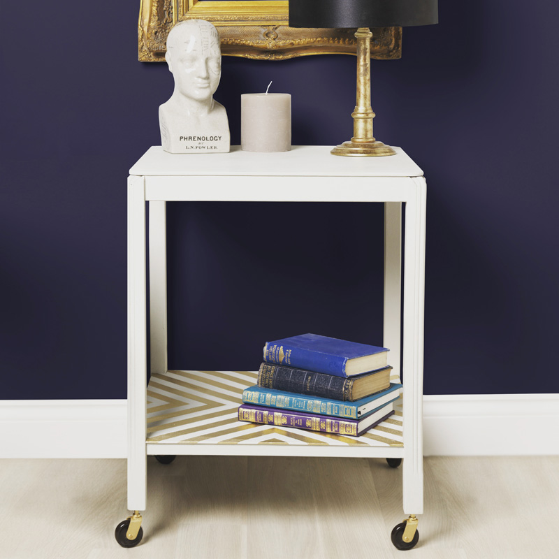 Upcycle_striped_base_side_table