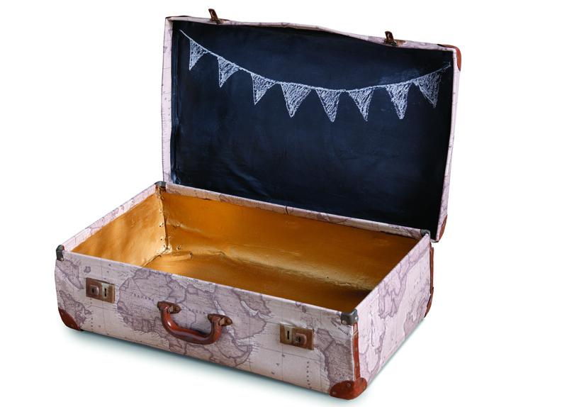 Upcycled_Suitcase
