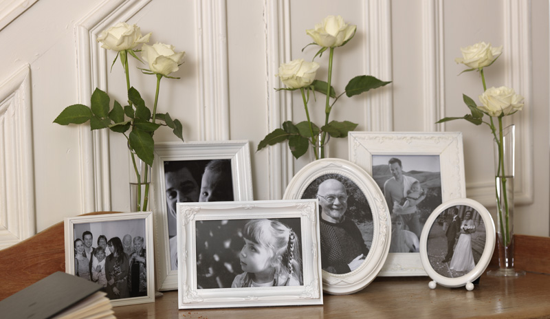 Vintage_Photo_Frames_White