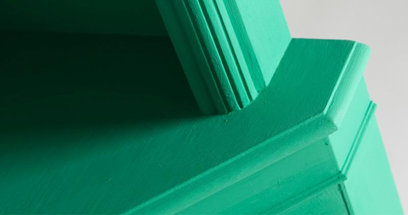 Emerald corner unit