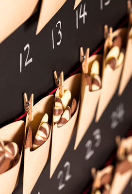 MAKE YOUR OWN AMAZING ADVENT CALENDARS