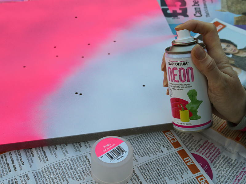 neon-pink-spray-paint