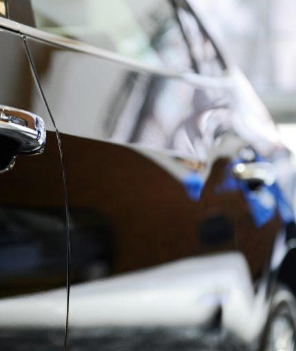 Automotive Enamel Spray Paint - car
